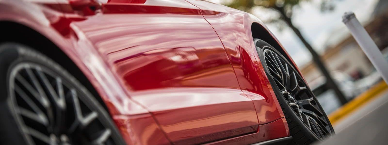 siO2 silica quartz nano car polish on sports car